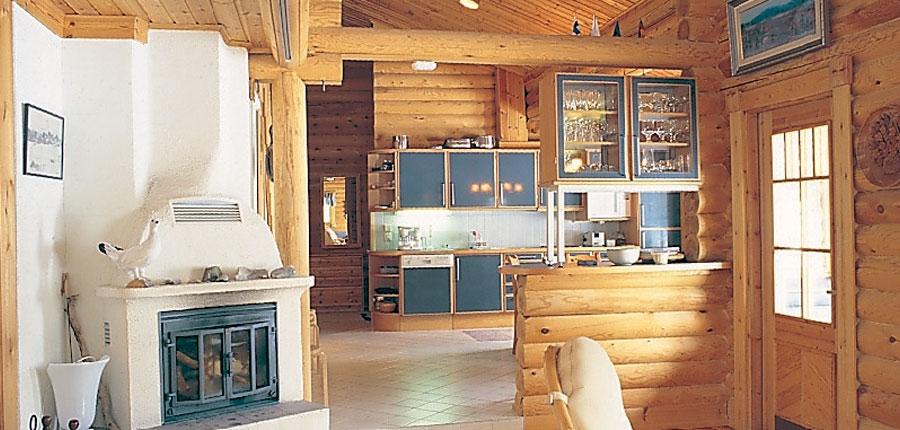 finland_lapland_yllas_yllas_log_cabin_typical_interior.jpg